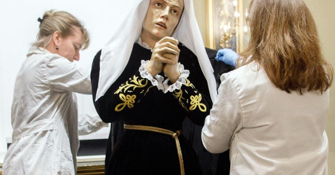 Restauración de la imágen y el Paso de la Virgen Dolorosa